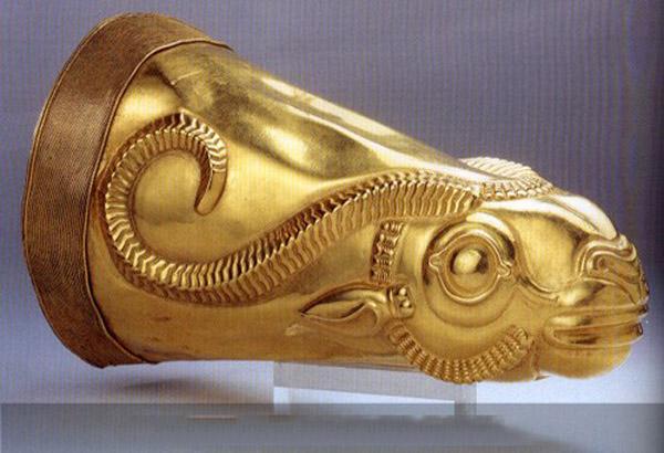 ecbatana-museum3