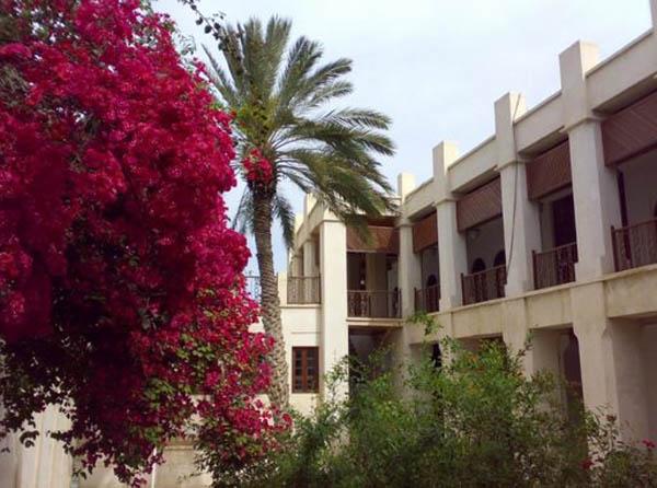 آدرس عمارت کازرونی بوشهر,اماکن تاریخی بوشهر,بناهای تاریخی