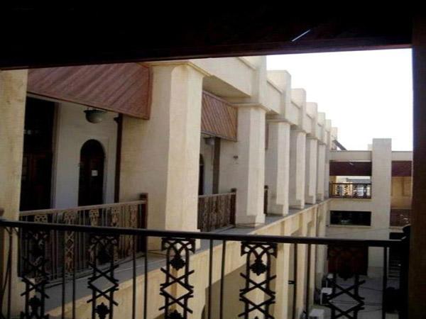 بناهای تاریخی بوشهر,جاهای دیدنی شهر بوشهر,عکس عمارت کازرونی بوشهر