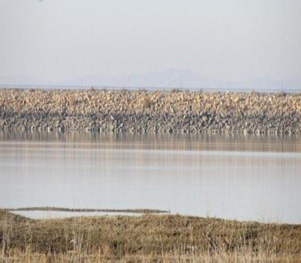 abshineh-pond2