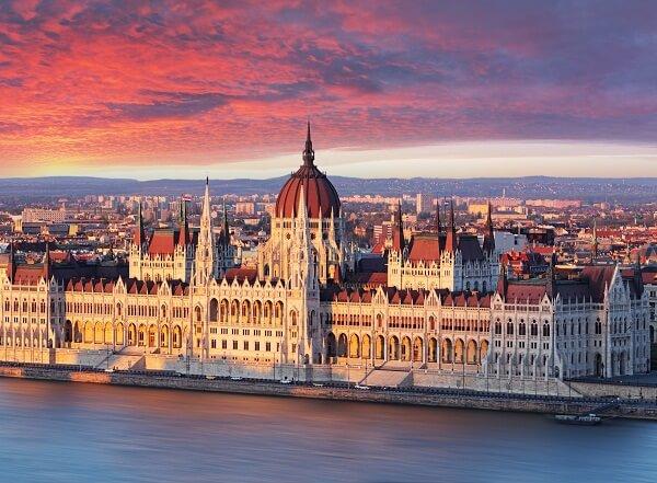 جاذبه های توریستی بوداپست,جاذبه های دیدنی بوداپست,جاذبه های گردشگری پوداپست