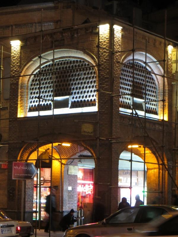 بازار شیشه گرخانه,تاریخچه بازار شیشه گرخانه,شیشه گرخانه تبریز