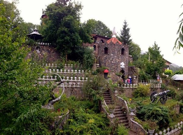 آدرس روستای کندلوس,باغ های کندلوس,جاذبه های دیدنی کندلوس
