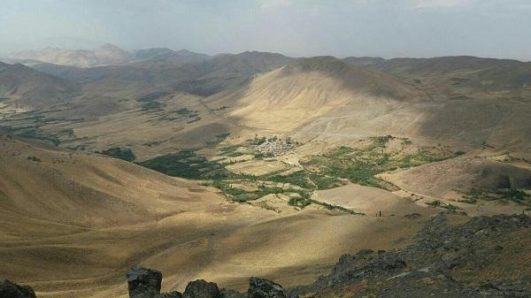 روستای قلعه لان در استان کرمانشاه,طبیعت روستای قلعه لان,عکس های روستای قلعه لان