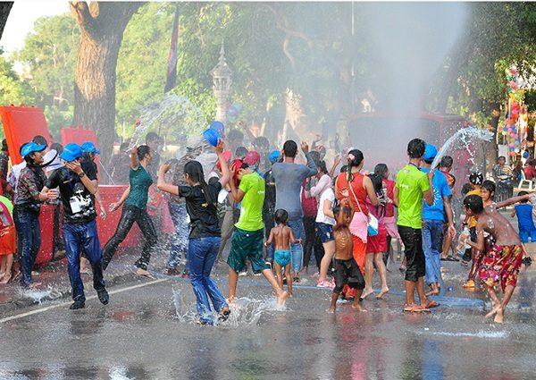 water-festival-siemreap