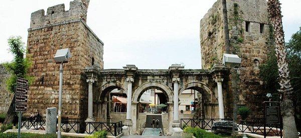 antalya-hadrians-gate