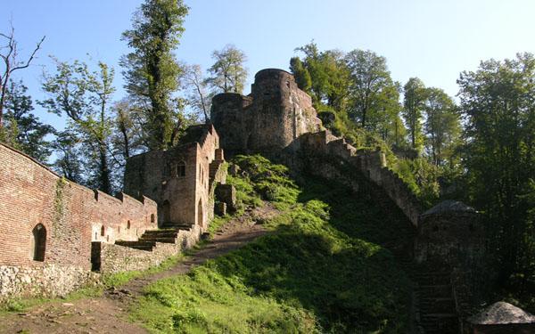 rudkhan-castle-9
