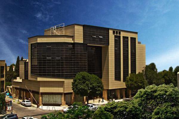 آدرس مجتمع تجاری باروژ اصفهان,عکس مجتمع تجاری باروژ اصفهان,مجتمع باروژ