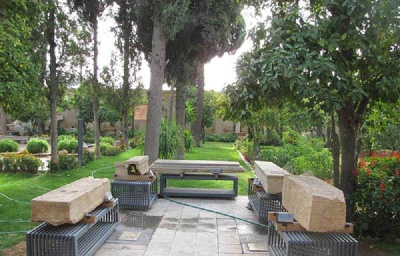 آدرس موزه هفت تنان شیراز,باغ هفت تنان,بقعه هفت تنان شیراز