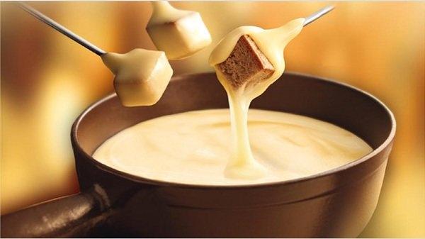 zurich-cheese-fondue