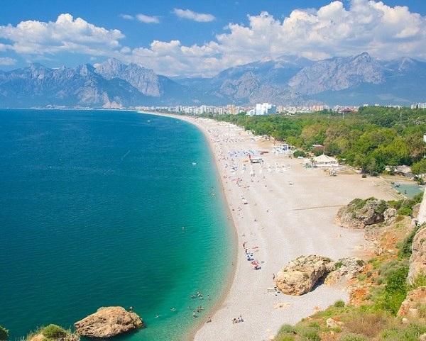 جاذبه های تفریحی آنتالیا,جاذبه های گردشگری آنتالیا,ساحل کنیالتی آنتالیا