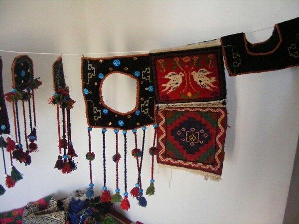 سوزن دوزی سنتی,سوزن دوزی سیستان و بلوچستان,سوغات سیستان و بلوچستان