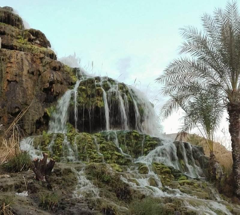 آبشار تزرج در هرمزگان,آبشار روستای تزرج,جاذبه های گردشگری هرمزگان