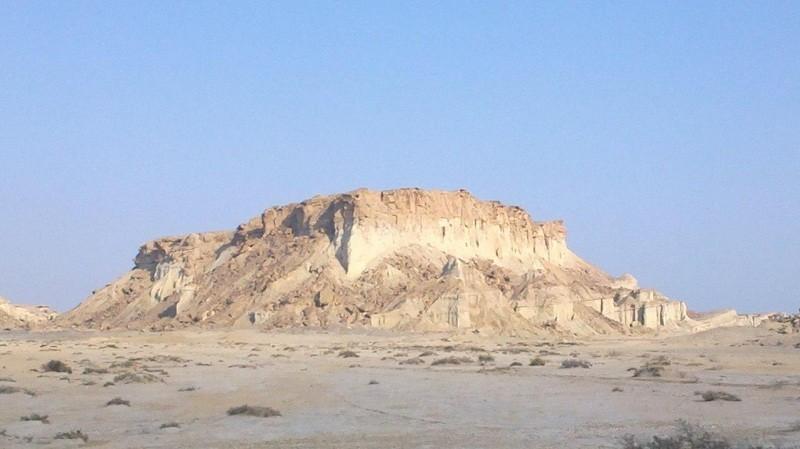 جاذبه های گردشگری بندرعباس و حومه,جاذبه های گردشگری هرمزگان,درباره قلعه لشتان