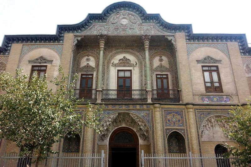 عمارت مسعودیه در تهران,عمارت مسعودیه ساعت بازدید