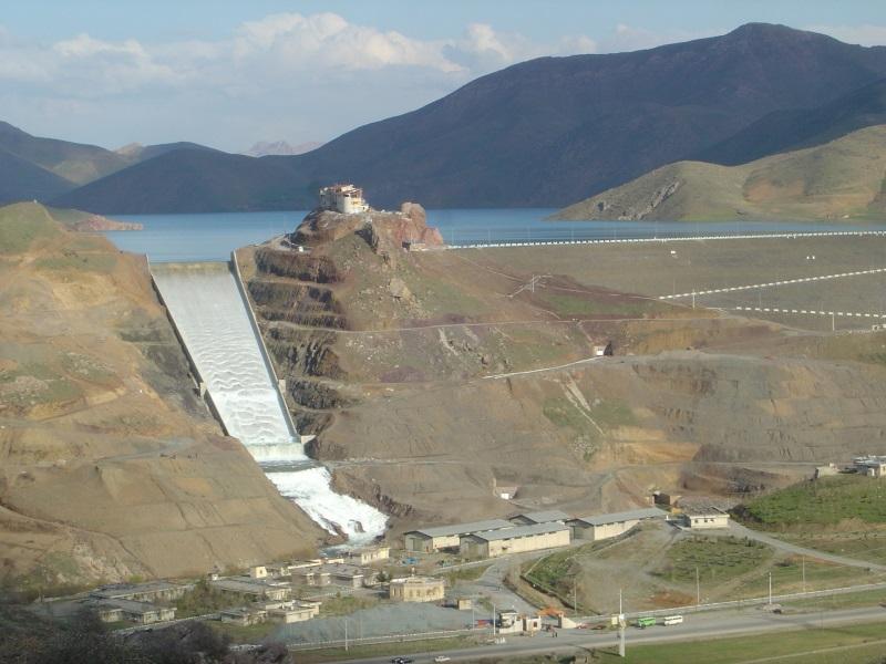 جاذبه های گردشگری کردستان,دریاچه سد گاوشان,سد گاوشان