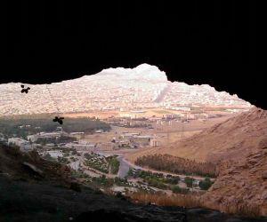 جاذبه های گردشگری کرمانشاه,غار دو اشكفت,غار دو اشکفت