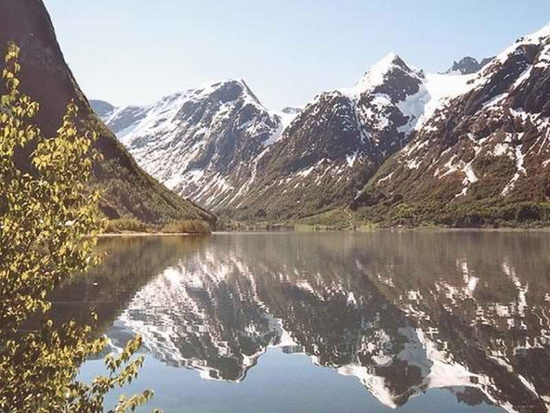دریاچه اپسترین,دریاچه اپسترین نروژ,زیباترین کشورهای اروپا
