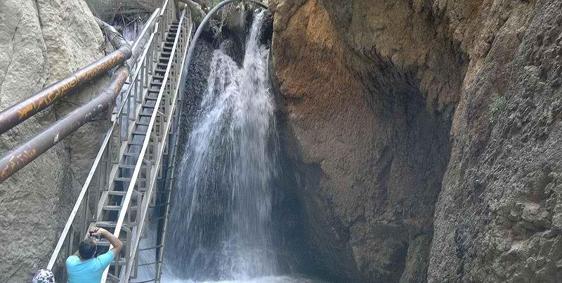 آبشار یاسوج در استان کهگیلویه و بویراحمد,آبشار یاسوج کهگیلویه و بویراحمد,آبشارهای خروشان یاسوج