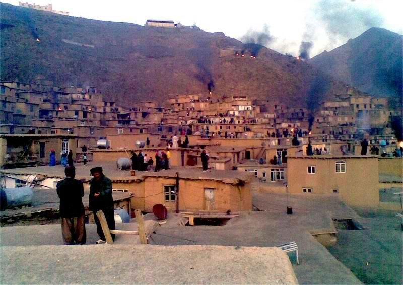 جاذبه های گردشگری کردستان,روستای آویهنگ,روستای آویهنگ سنندج