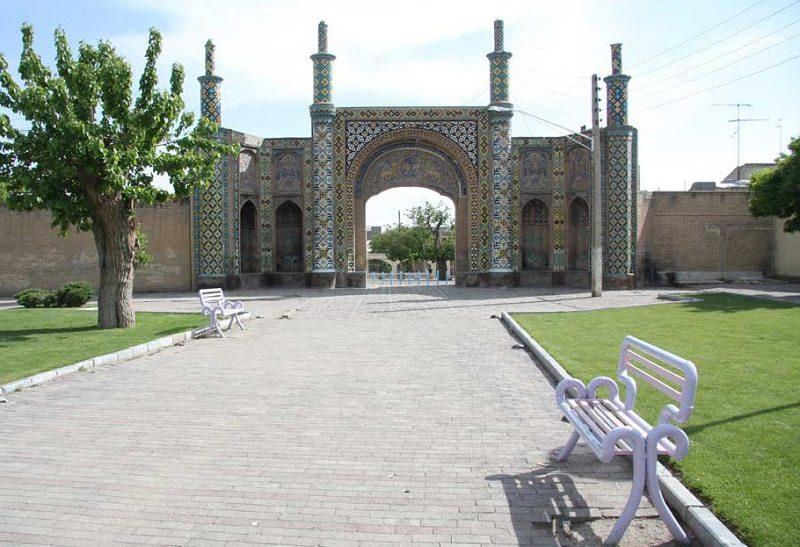 دروازه مغلواک,عکس دروازه درب کوشک قزوین