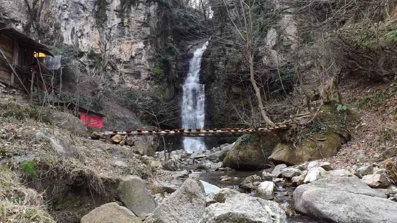 آبشار دودوزن شفت,آبشار دودوزن گیلان,ابشار دودوزن