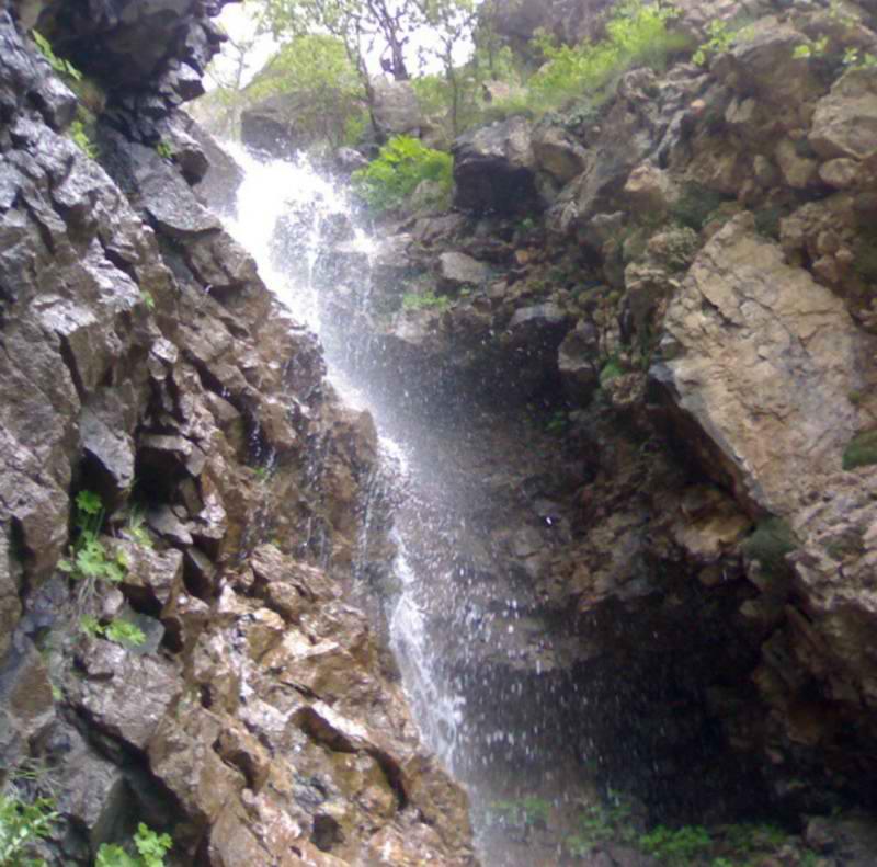 آبشار هریجان,آبشار هریجان در استان مازندران,آبشار هریجان در چالوس