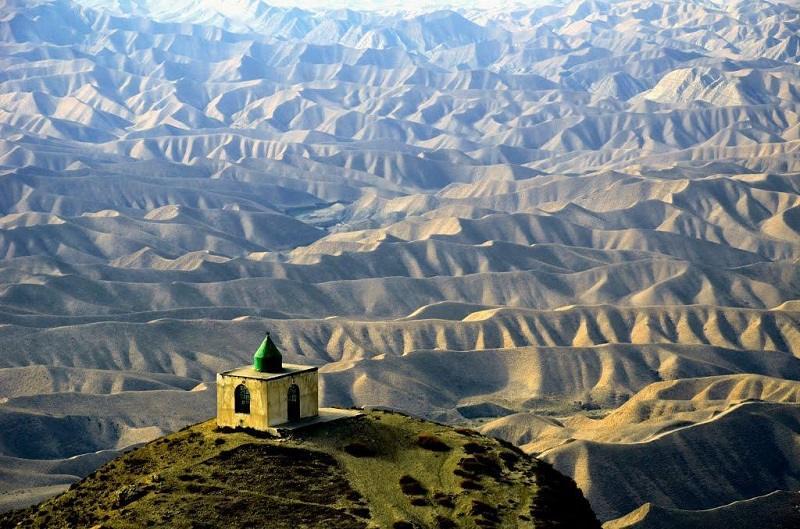 خالد نبی گلستان,زیارتگاه خالد نبی,عکس قبرستان خالد نبی