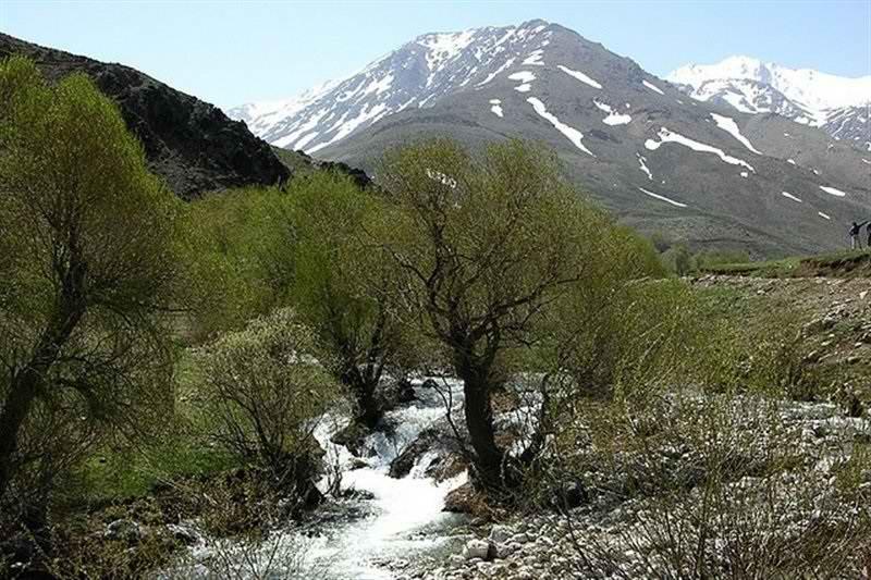 اشترانکوه لرستان,جاذبه های گردشگری لرستان,قله اشترانکوه