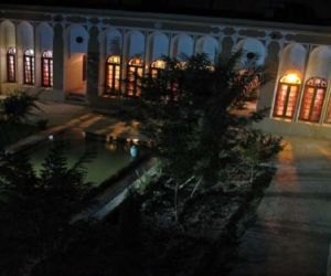 آدرس خانه شکوهی یزد,از جاذبه های گردشگری شهر یزد,پلان خانه شکوهی یزد