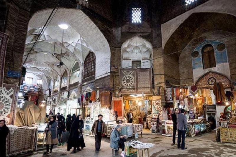 سردر بازار قیصریه اصفهان,عکس بازار قیصریه,عکس بازار قیصریه در اصفهان