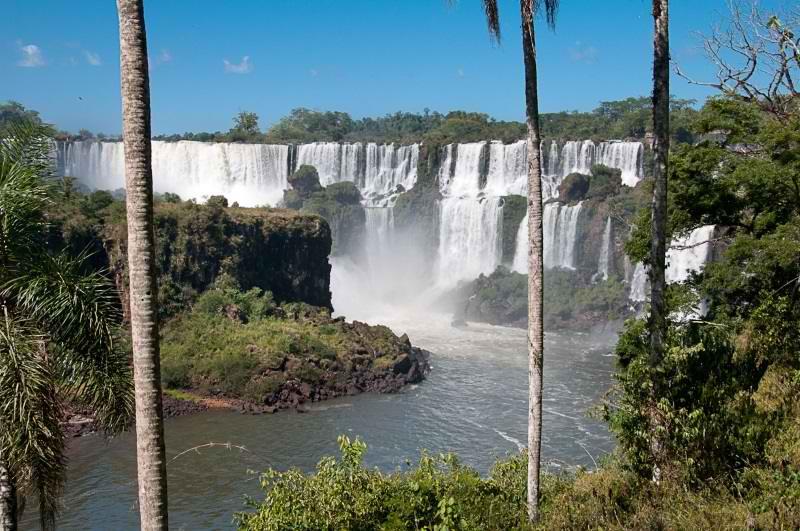 ایگواسو,جاذبه های توریستی برزیل,جاذبه های گردشگری برزیل