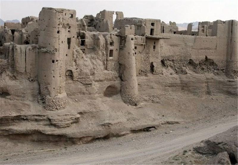 روستای اولتان پارس اباد,قلعه اولتان پارس آباد,قلعه اولتان پارساباد