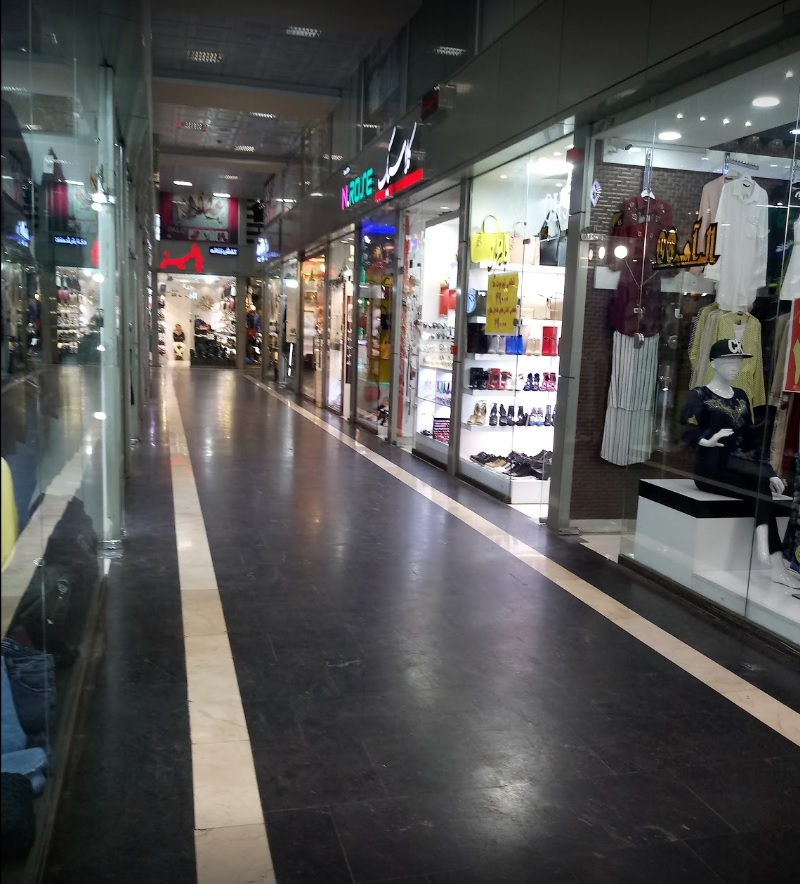 پاساژ رویال تبریز,مجتمع تجاری تفریحی رویال تبریز,مراکز خرید تبریز