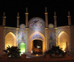 آدرس دروازه ارگ سمنان,ارگ تاریخی سمنان,بناهای تاریخی سمنان