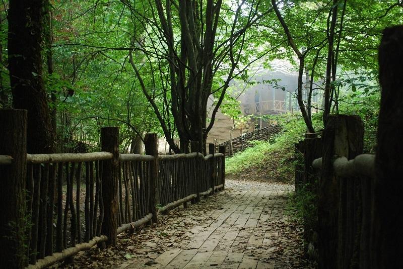 جاذبه های طبیعی رشت,عکس موزه میراث روستایی گیلان,معماری روستایی موزه میراث روستایی گیلان