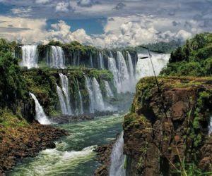 آبشارهای ایگوازو,پارک ملی ناهوئل هوپی,جنگلباریلوچه ها