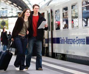 تهیه چک لیست سفر با قطار,چک لیست سفر,راهنمای بستن چمدان در سفر