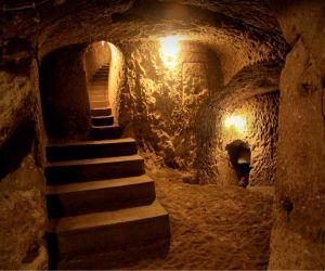 شهر زیر زمینی نوش آباد آدرس,شهر زیرزمینی اویی در کاشان,شهر زیرزمینی نوش آباد اصفهان