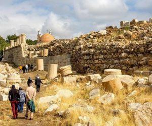 آدرس گودین تپه,تور کرمانشاه گردی,جاذبه های تاریخی جاذبه های گردشگری