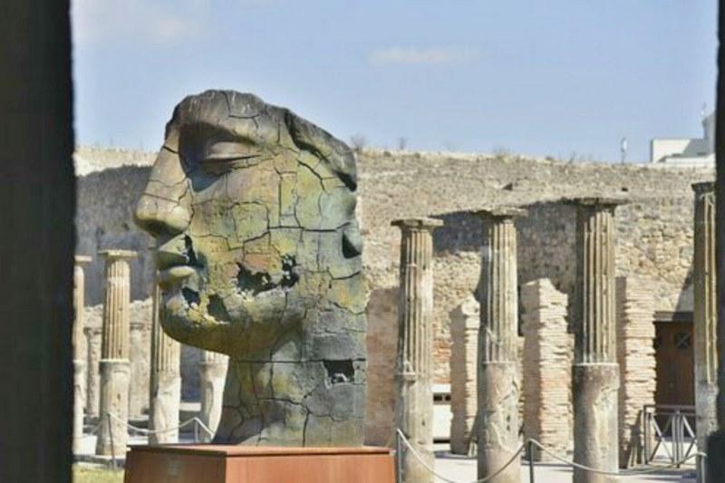 کشف آمفی تئاتر در شهر پمپئی